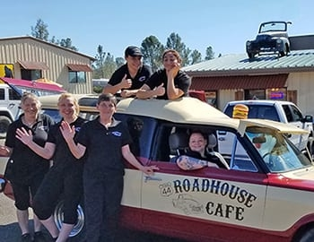 Staff-Roadhouse-auto-350x270